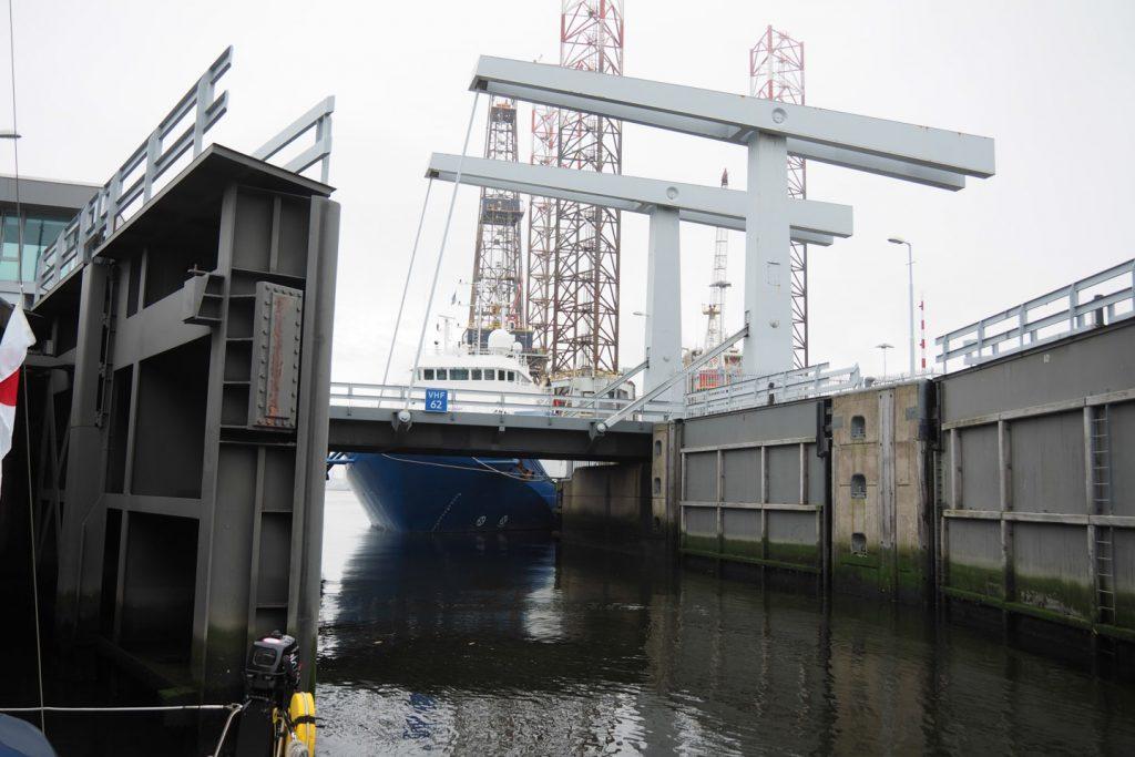 Entering the lock to the port of Den Helder