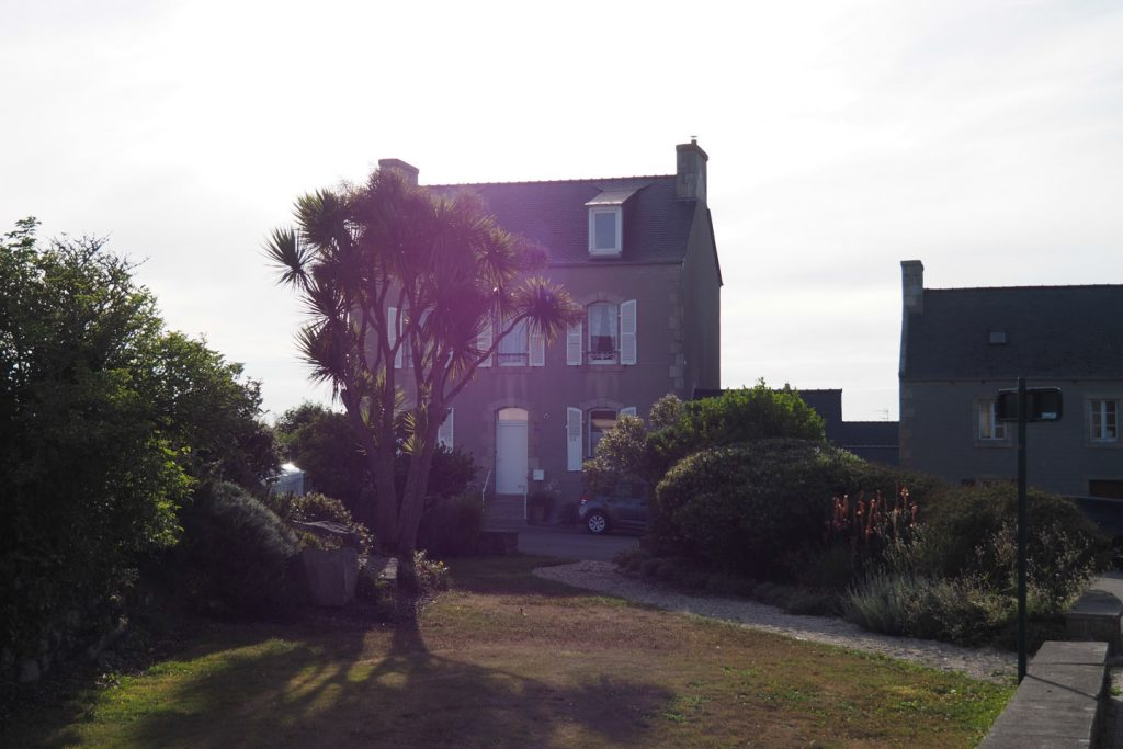 Just one of the countless unspectacular houses in Roscoff